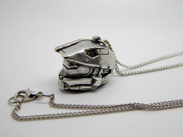 Index img halo helmet necklace 002
