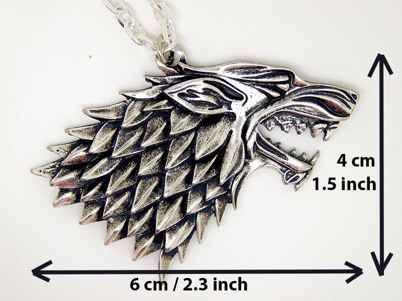 Show img stark arya sansa necklace winterfell winter is coming north