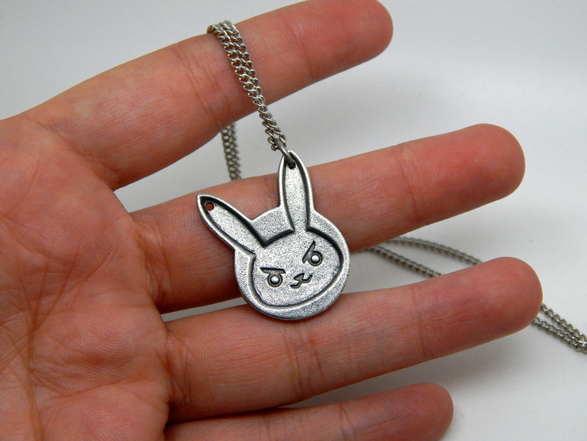 Show img overwatch bunny necklace d.va diva 004