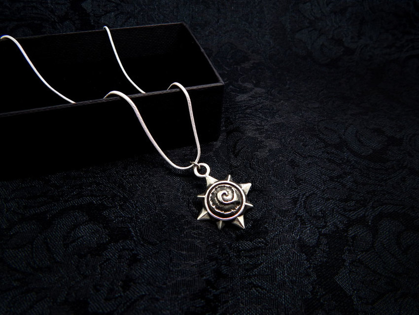 Show img hearthstone necklace silver 925 003