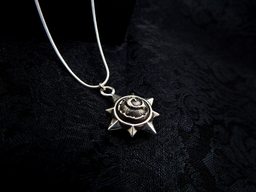 Show img hearthstone necklace silver 925 blizzard symbol